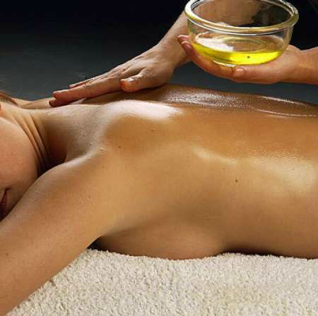 Massages relaxants en Gironde, Aquitaine, Mouliets 33 - Anti-stress, massage dos pieds, Massage Ayurvédique, shampi